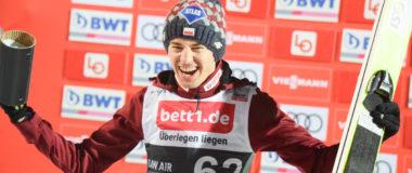 Raw Air Lillehammer: Stoch wygrywa